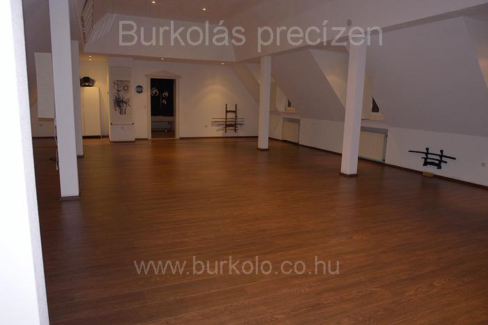 laminált padló burkolás burkoló kép 2