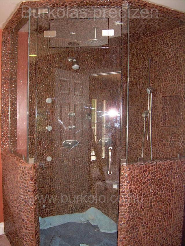 zuhanyzó burkolás burkoló kép 1