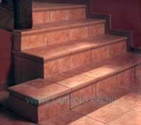 lépcső burkolás, burkoló 27-kép
