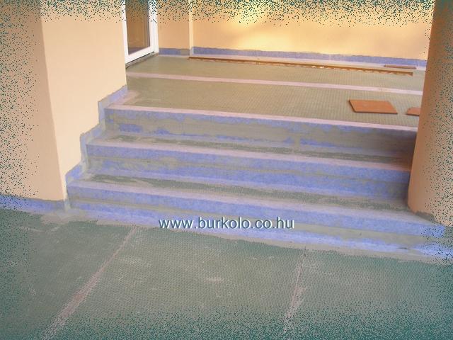 Lépcsőkrétegelválasztó, burkolatelválasztó vizszigeteléssel