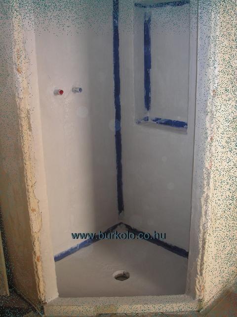 épített zuhanyzó vízszigetelési munkái
